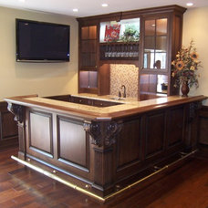 Traditional Basement by Distinctive Woodwork Inc.