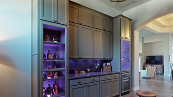 Whiskey Bar w/Color Changing Lights