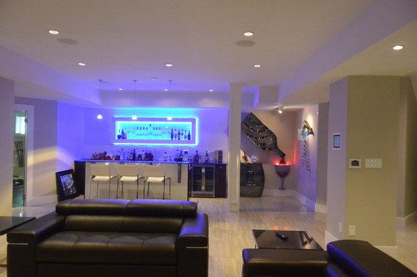 Modern Home Bar by Ann Love Interiors Inc.