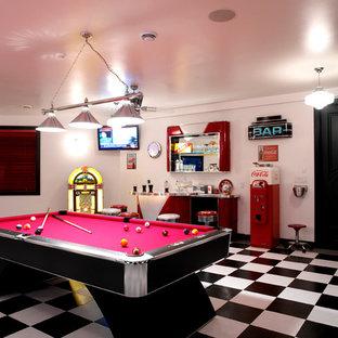 Ispirazione per un angolo bar contemporaneo con pavimento in gres porcellanato