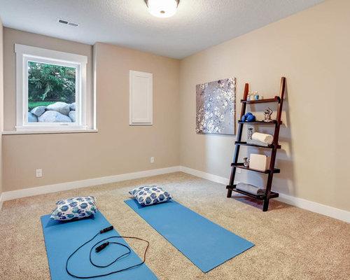 Cabina Armadio Moderna Yoga : Studio yoga con moquette foto idee arredamento