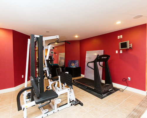 salle de sport avec un sol en carrelage de c ramique et un mur rouge photos et id es d co de. Black Bedroom Furniture Sets. Home Design Ideas