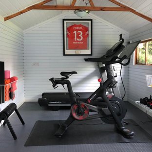 A sleek home gym for The Runner Beans
