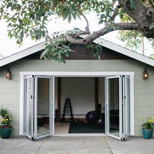 ロサンゼルスのおしゃれなホームジムの写真
