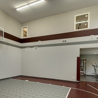 Photo of an arts and crafts home gym in Minneapolis.