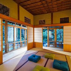 Asian Home Gym by mert & ari