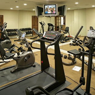 Home gym - contemporary home gym idea in Minneapolis