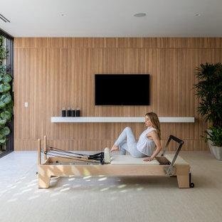 Home gym - modern home gym idea in Los Angeles