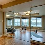Fitnessraum modern  Glass Wall Home Fitness Room - Modern - Fitnessraum - Toronto ...