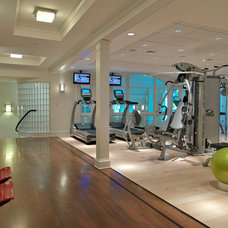 Traditional Home Gym by Jan Gleysteen Architects, Inc