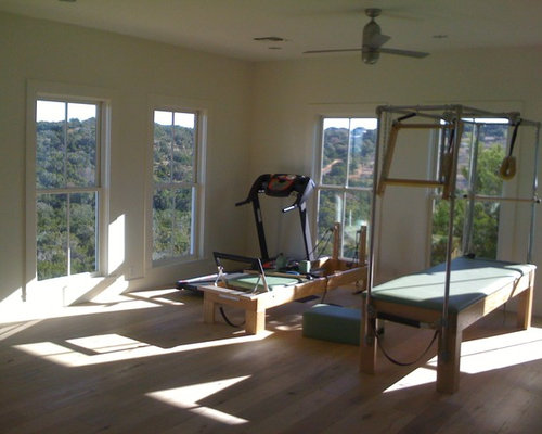 Modern austin home gym design ideas pictures remodel decor for Modern home decor austin