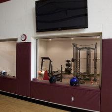 Modern Home Gym by Gryboski Builders Inc.