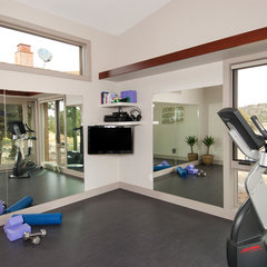 traditional home gym by Scott Gilbride/Architect Inc.