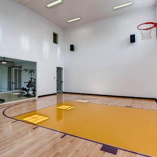 Minimalist home gym photo in Denver