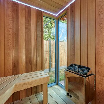 Garden Space with Sauna, Shower Room and Sunken Trampoline