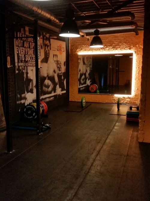 Industrial amsterdam home gym design ideas pictures remodel decor - Gimnasio espana industrial ...