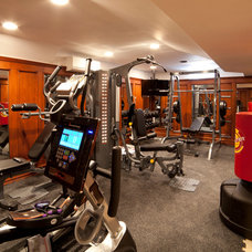 Traditional Home Gym by WL INTERIORS