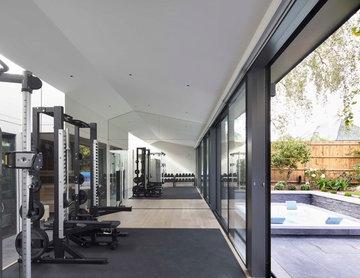 Gymnasium Annexe : Roehampton, SW15