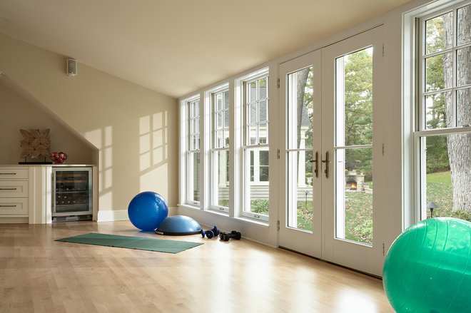 traditional home gym by Murphy & Co. Design