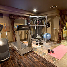 Contemporary Home Gym Home in Edgewater NJ