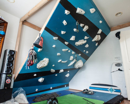 Example Of A Small Minimalist Bamboo Floor Home Climbing Wall Design In  Hawaii With White Walls