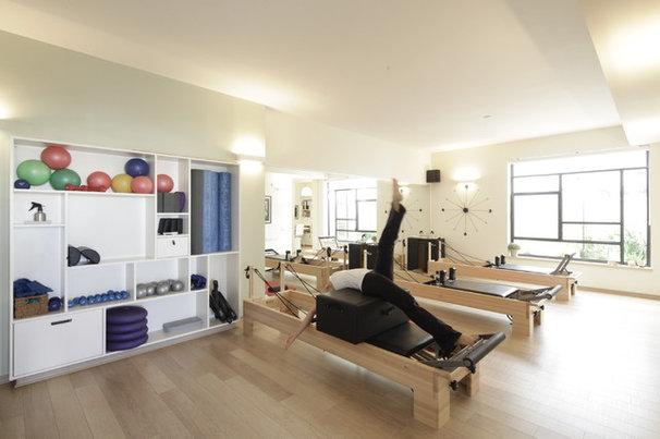 Contemporary Home Gym by 2 designers