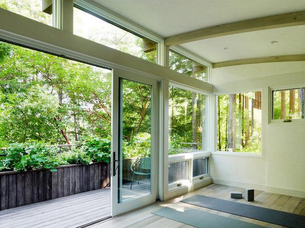 コンテンポラリー ホームジム by Feldman Architecture, Inc.