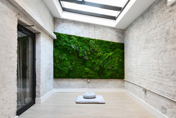 Gimnasio by Claire Esparros for Homepolish