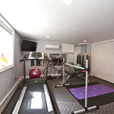 Modern Home Gym by DJ's Home Improvements