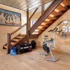 Modern Home Gym by Blake Farrow Project Inc.