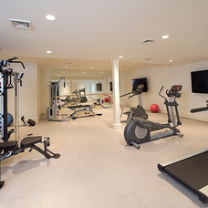 Traditional Home Gym by Perello Building Corporation