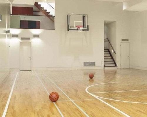 fitnessraum mit indoor sportplatz eklektisch home gym und. Black Bedroom Furniture Sets. Home Design Ideas