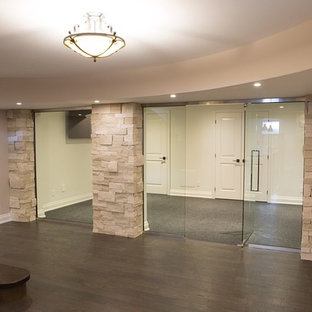 Inspiration for a modern home gym remodel in Toronto
