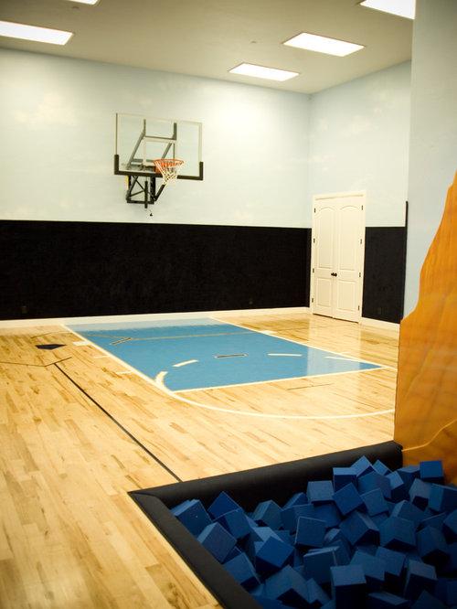 salle de sport avec un sol en contreplaqu photos et id es d co de salles de sport. Black Bedroom Furniture Sets. Home Design Ideas