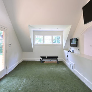 Design ideas for a traditional home gym in Atlanta with green floors.