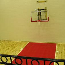 Modern Home Gym by Berriz Design Build Group