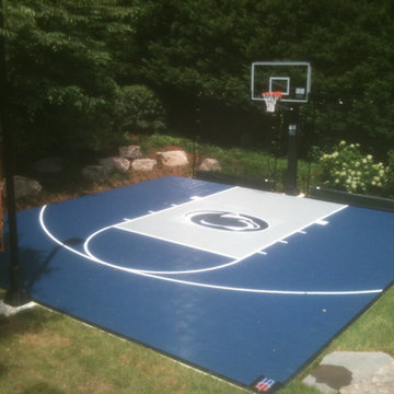 Residential 30'x30' half-court with Penn State logo