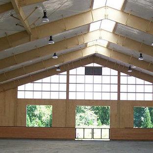 Idéer för stora vintage hemmagym med inomhusplan, med beige väggar