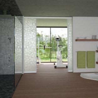 Immagine di una palestra in casa moderna