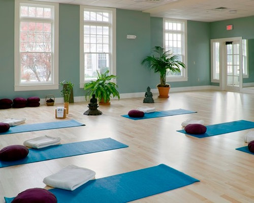 Home yoga studio design ideas renovations photos with for Yoga decorations home