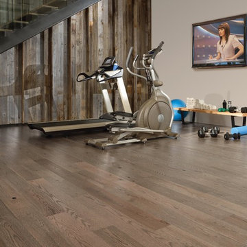 Today's Hottest Trend! Grey Harwood floors!