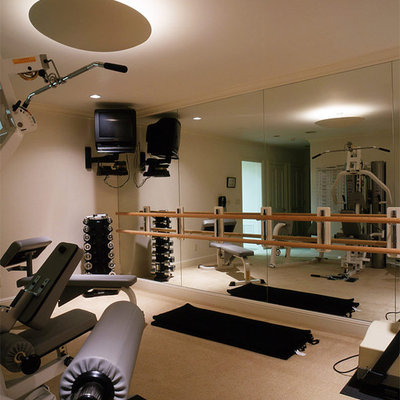 Home gym - traditional home gym idea in San Francisco
