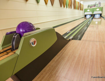 Vintage 1950s Equipment Restored for Retro Home Bowling Alley