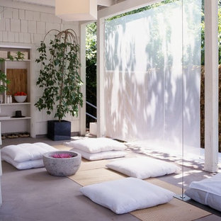 Design ideas for a world-inspired home yoga studio in Los Angeles.