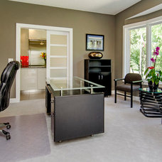 Contemporary Home Office by Homes by DePhillips
