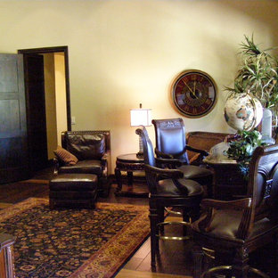 Home office - traditional home office idea in Phoenix