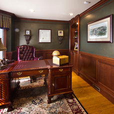 Traditional Home Office by Dreambridge Design, LLC.