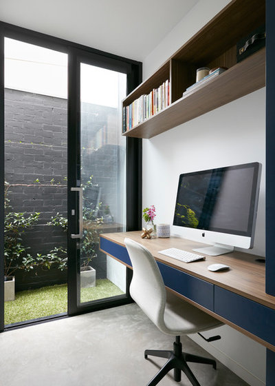 Contemporary Home Office by MAYD Group Pty Ltd