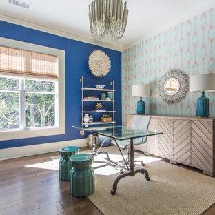 アトランタのカントリー風おしゃれなホームオフィス・書斎 (青い壁、濃色無垢フローリング、茶色い床、壁紙) の写真