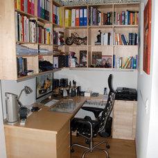 Modern Home Office by Jules van de Ven